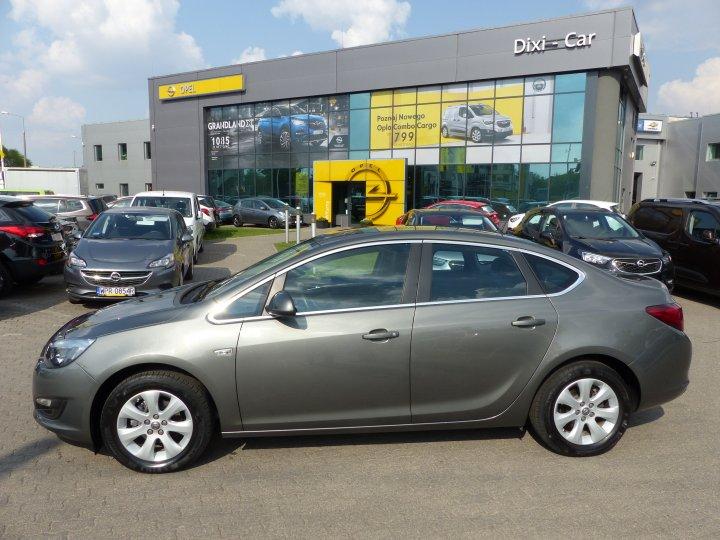 Opel Astra J sedan 1.4 Turbo 140KM + Fabryczny LPG Salon Polska