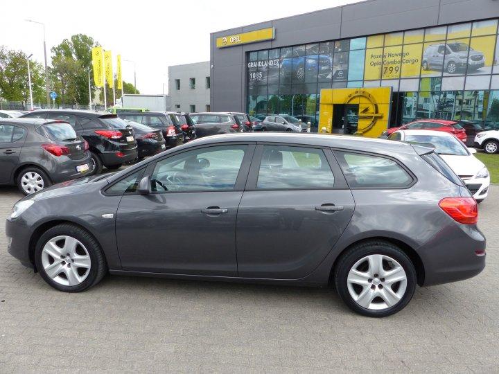 Opel Astra IV SportsTourer 1,6 16V Automat Navi