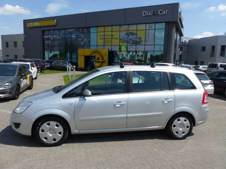Opel Zafira B 1,6 115KM LPG, 7 osób, Klima automatyczna