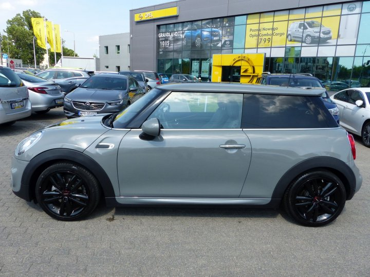 Mini Cooper John Works 1,5 benzyna 136KM
