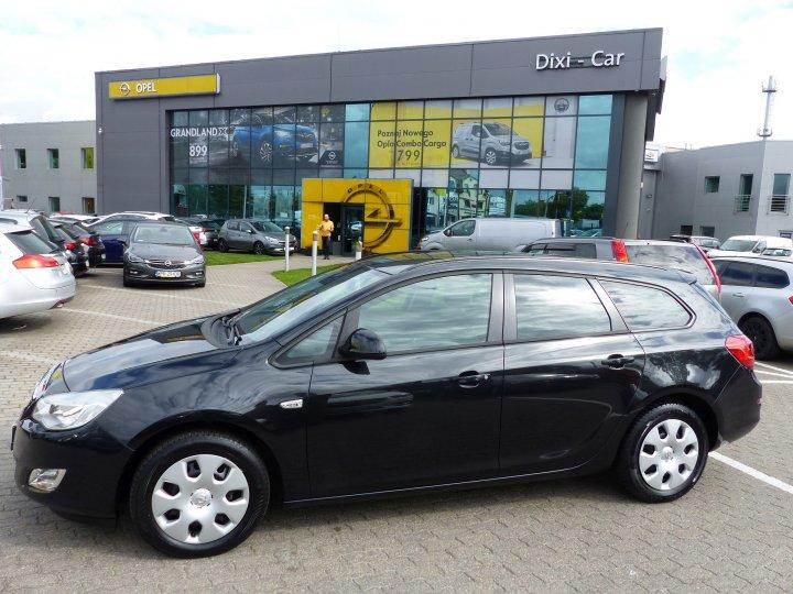Opel Astra IV Kombi 1,6 16V Automat