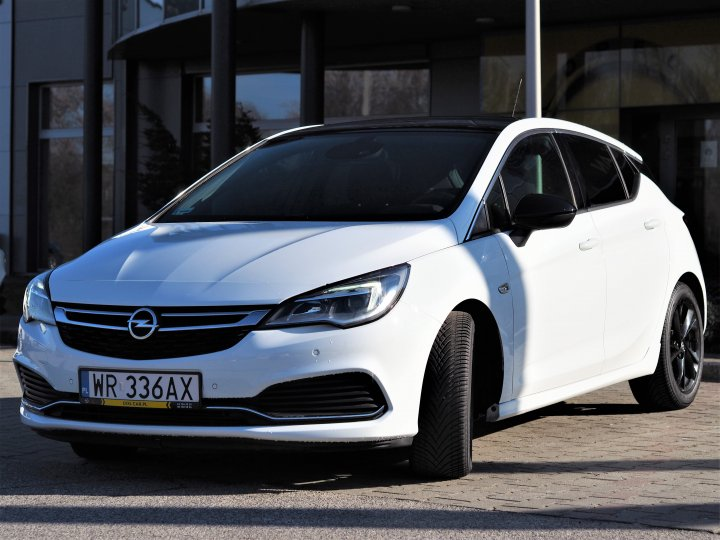 Astra Dynamic Black Edition