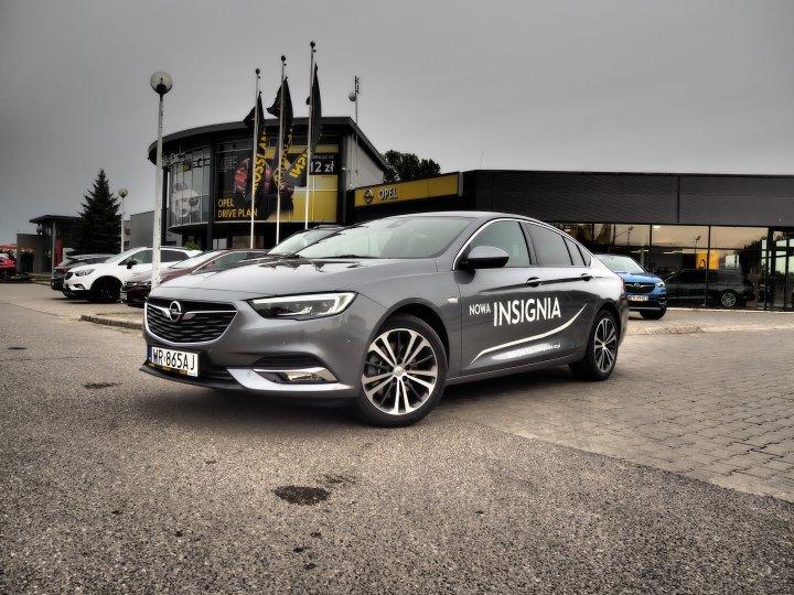 Opel Insignia Elite 1.6 200KM