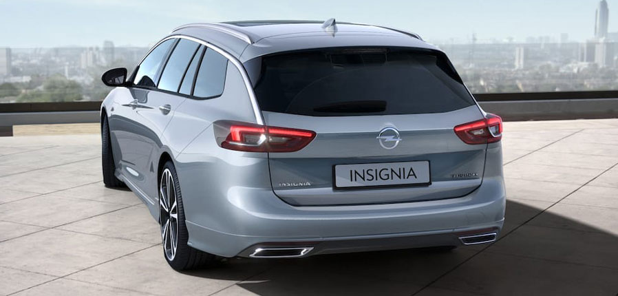 Opel Insignia B Sports Tourer srebrny Magnetic