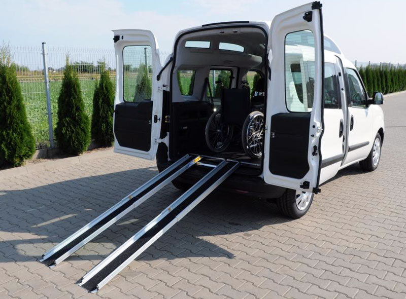 Modne ubrania Przewóz osoby niepełnosprawnej na wózku - OPEL Dixi-Car FY12