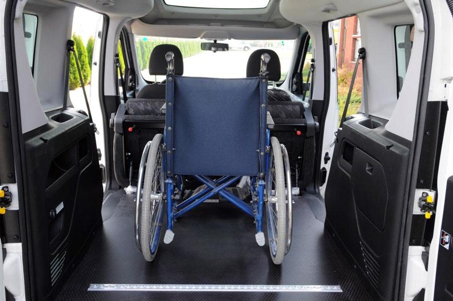 Modernistyczne Przewóz osoby niepełnosprawnej na wózku - OPEL Dixi-Car JM38