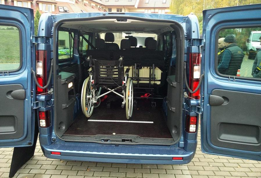 Super Vany do przewozu Niepełnosprawnych - Dostawcze Dixi-Car HU91
